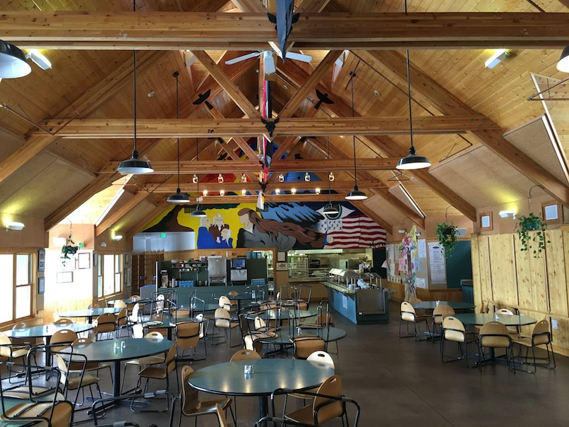 Eagle-Rock-School-dining-space
