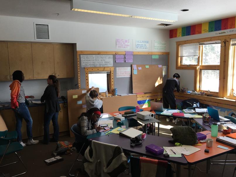 Cinquefoil-classroom-in-the-LRC